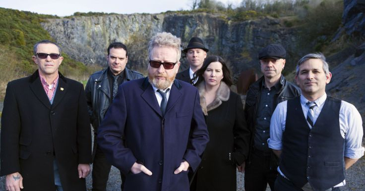 636446239985927346-Flogging-Molly-5D-091-CU-REV